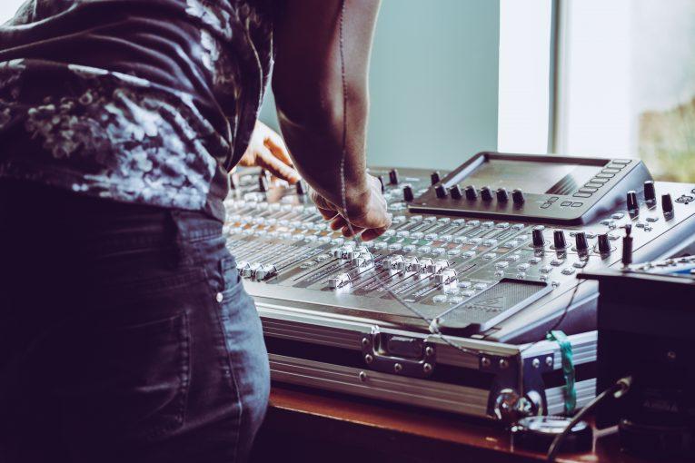 Ljuv musik med Softube, Business Central från BrightCom och Litium